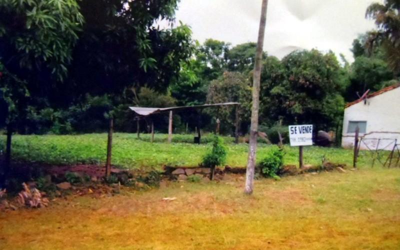 Kleines Stadt-Grundstück in Altos