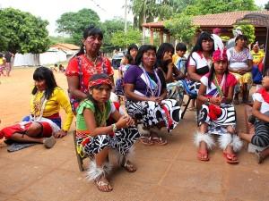 MAKA-Frauen und Kinder