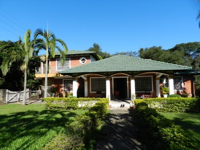 Villa in San Bernardino in Top Lage, zum Kauf oder Miete