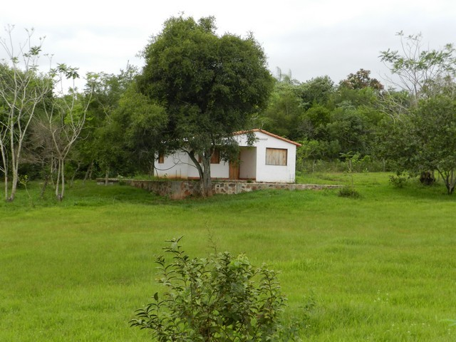 Haus mit 5000 m² in Itacurubi