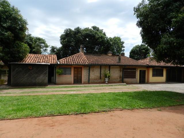 Anwesen in Caacupe, nur 1 Quader von der Hauptstraße entfernt