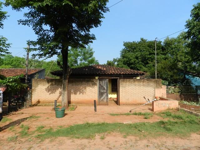 Haus im Zentrum von Piribebuy