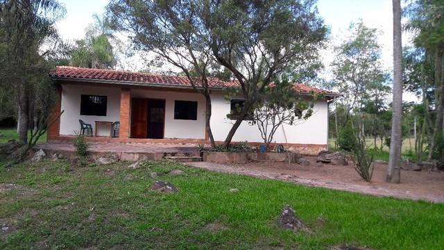 Preisgünstiges Anwesen mit 1,7 ha, bei Acahay