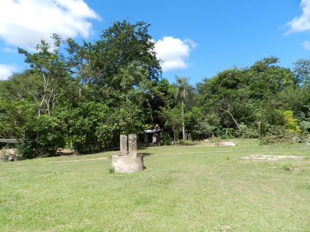Grundstück in Pirayu