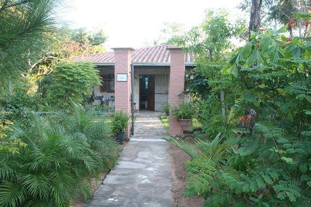 Haus in San Bernardino, mit Eckgrundstück