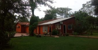 Granja mit Haus und 4 Hektare, in Yaguaron