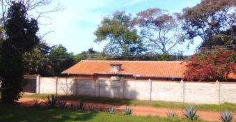 1,3 ha. Paradies mit Haus, in Paraguari.